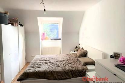 PROVISIONSFREI - Neu renovierte 2,5 Zimmerwohnung inkl. Pkw Abstellplatz und Gemeinschaftsgarten