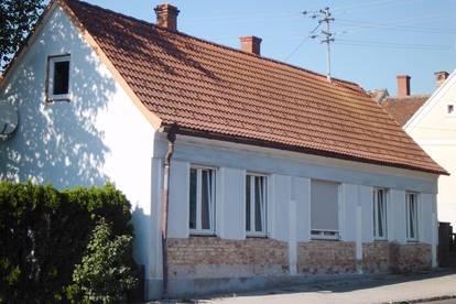 Einfamilienhaus mit Stadl/Nebenräumen