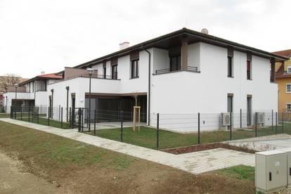 Jennersdorf: provisionsfrei! modernes Quattrohaus in zenraler Ruhelage