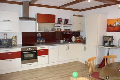 Oberwart: Ruhige 4-Zimmer Wohnung mit Balkon