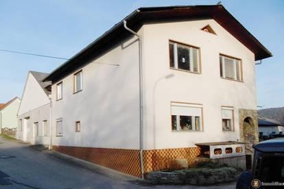 Sofort bezugsfertiges Einfamilienhaus mit großer Halle