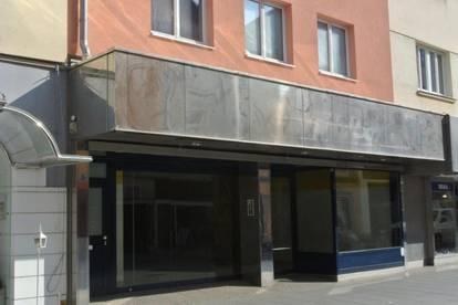 Großes Geschäftslokal/Ordination/Büro in sehr guter Lage in der Fußgängerzone in 2700 Wiener Neustadt