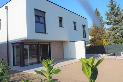 NEU, EXKLUSIV & FERTIG - Doppelhaus in Ziegelmassivbauweise