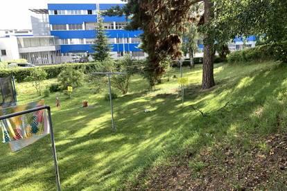 Großer Garten mit großzügiger Eigentumswohnung - Top 5+6