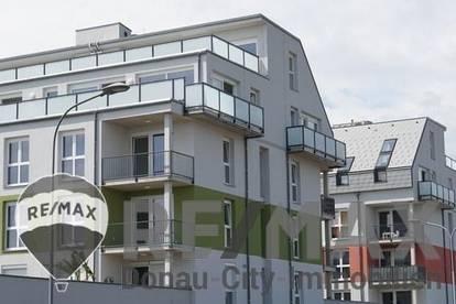 <b>&quot;Einzigartige Loft Wohnung mit durchgehenden Glasflächen sowie großer Terrasse mit wunderbarem Weitblick!&quot;</b>
