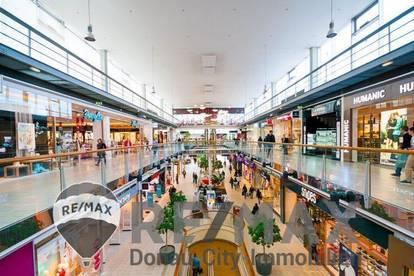 <b>&quot;Im Donauzentrum&quot;</b>