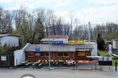 <b>&quot;Die DONAUSCHENKE direkt an der Donaulände, erste Reihe - Gäste bewirten &amp; wohnen&quot;</b>