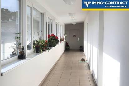 barrierefreie Dachgeschosswohnung für Singles / Paare / Senioren