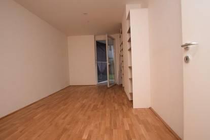 Zentrum - 60 m² - 3 Zimmer - große Terrasse  - Eigengarten