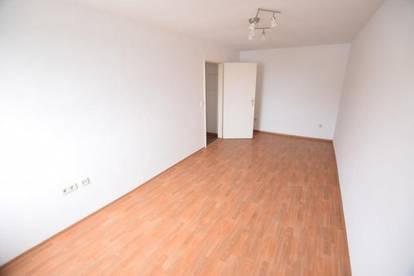 Provisionsfrei - Gries - 35m² - 1 Zimmerwohnung - zentrale Lage - neue Einbauküche