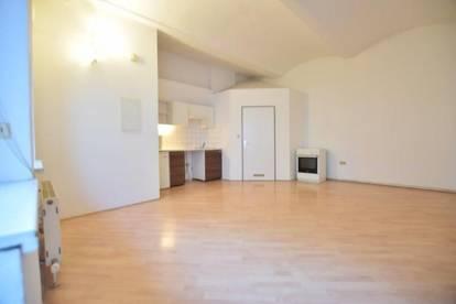 Gries - 32m² - Zentrale 1 Zimmer Wohnung - ruhige Innenhoflage