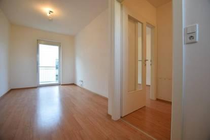 Straßgang - 35m² - neuwertige 2-Zimmer-Wohnung mit Balkon und Parkplatz