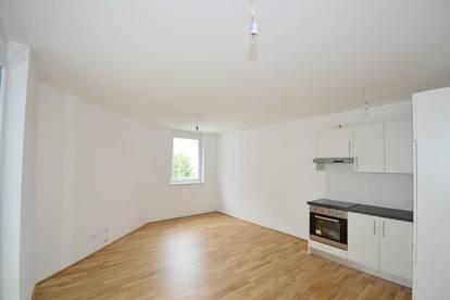 Zentrum - 61 m2 - 3 Zimmer - Großer Balkon