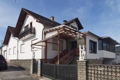 Großzügiges Haus mit Potenzial