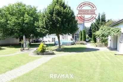 Großes Wohnhaus mit schönem Garten, Halle und vielen Möglichkeiten! Provisionsfrei f. d. Käufer!