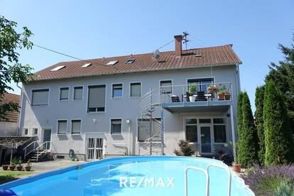 Großes Wohnhaus mit schönem Garten, Halle und vielen Möglichkeiten...!