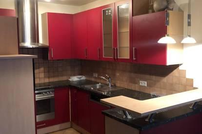 Trumau: 89 m², 4 Zimmer Wohnung mit Autoabstellplatz