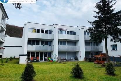 PURKERSDORF: 2 Zimmer Single-/Pärchenhit mit großer Terrasse 1. MONAT MIETFREI !