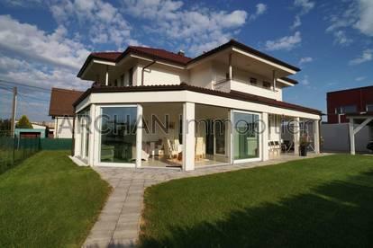 Seiersberg: Top-modernes Wohnhaus mit  206 m² Wohnfläche und Süd-West-Garten