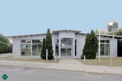 Barrierefreies Büro/Praxisgebäude vielseitig nutzbar