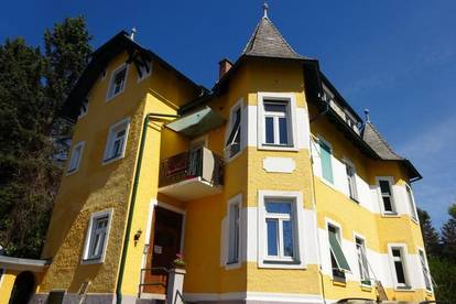 Wohnen in einer Villa - Schöne 2-Zimmer-Wohnung mit KFZ-Abstellplatz in Graz St. Peter in Grünruhelage