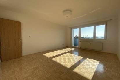 Wunderschöne 2-Zimmer-Wohnung in zentraler Lage mit Balkon und toller Aussicht
