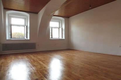 Mit perfektem Wohnraumkonzept - 3-Zimmer-Altbauwohnung in sehr guter Lage in Weiz