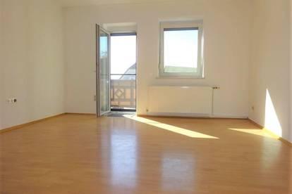 Schöne 3-Zimmer-Wohnung mit Balkon und KFZ-Abstellplatz in der Nähe zur Shopping City Seiersberg