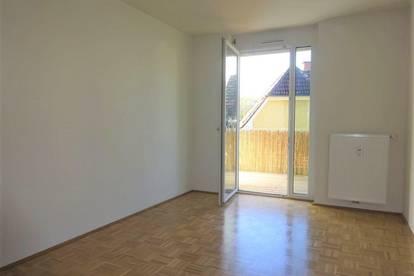 Perfekt aufgeteilte, helle 2-Zimmer-Wohnung mit gemütlichem Balkon und KFZ-Abstellplatz