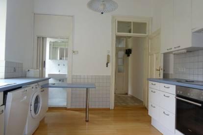 Charmante 3-Zimmer-Wohnung im Altbaustil in bester Lage, im Grazer Bezirk Geidorf