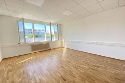 Erstbezug nach Sanierung– moderne und hochwertige Bürofläche in zentraler und frequentierter Lage mit Klimaanlage