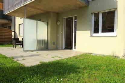 Neubau - Wunderschöne 2-Zimmer-Wohnung mit Terrasse, Eigengarten und KFZ-Abstellplatz