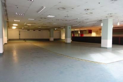 1. Monat mietfrei - Sehr zentrale 730 m² große Kantine/ Veranstaltungshalle mit Küche, Kühlräumen und Ess-Salon in einem Grazer Büro- & Logistikcenter
