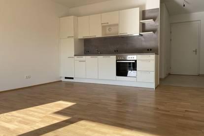 Erstbezug - Großzügige 3-Zimmer-Wohnung mit Balkon in sehr zentraler Lage