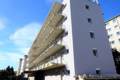 Großzügige 3-Zimmer-Wohnung mit Balkon in sehr zentraler Lage - Erstbezug