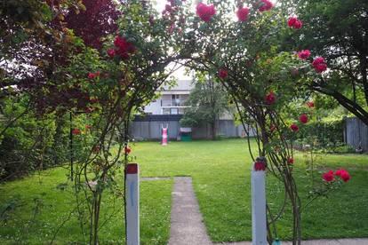 Haus mit großem westseitigen Garten