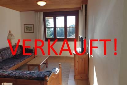 2-Zimmer-Ferienwohnung (möbliert) mit Balkon und Ausblick