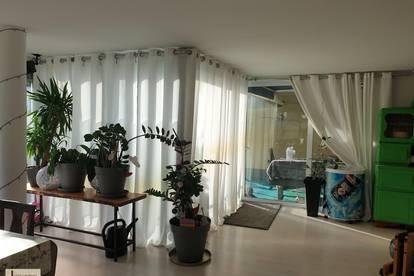 Einzigartiges Wohnen für Singles und Paare - Gartenwohnung im Hochparterre