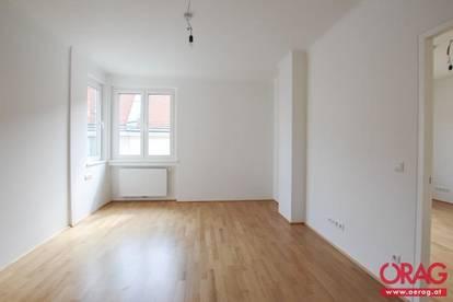 Zentral gelegene 3-Zimmer Altbauwohnung nähe Schwedenplatz - unbefristete Miete in 1010 Wien
