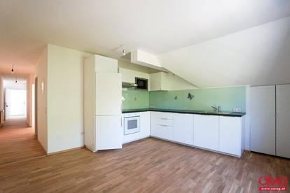 Traumhafte 4-Zimmer-Dachgeschoß-Wohnung - zu mieten in 2483 Weigelsdorf