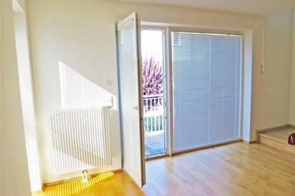 Maisonette-Wohnung mit Balkon! 3 Zimmer!