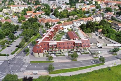 Schöneck 13 - Reihenhausähnliche Maisonettewohnung mit Garten Provisionsfrei