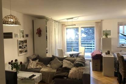 Stylische hofseitige Garconniere mit 12 m² Terrasse,