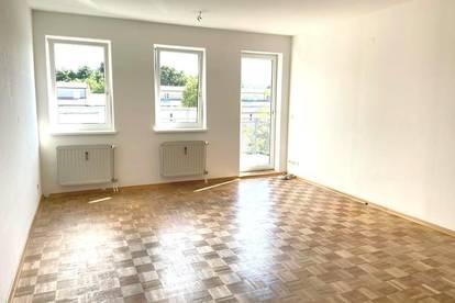 Andritz! Freundliche 4-Zimmerwohnung mit Balkon und Parkplatz!