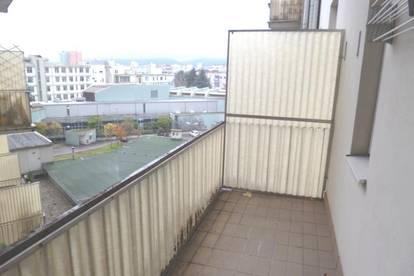 Großzügige 2-Zimmer-Altbauwohnung in der Elisabethinergasse