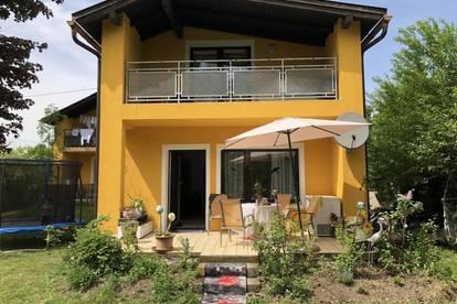 HAMMERPREIS!! Mehrfamilienhaus mit 3 getrennte Wohneinheiten