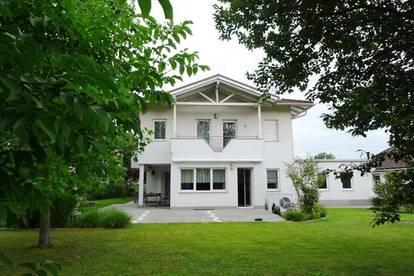 Großes Haus mit guter Infrastruktur Pichling -sofort verfügbar   BESICHTIGUNG JEDERZEIT MÖGLICH