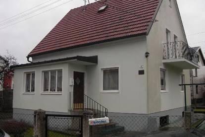 Nettes Familienhaus in guter Lage  nahe Pluscity   LANGHOLZFELD BESICHTIGUNGMÖGLICHKEIT AM 11.4. 2020