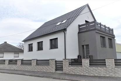 NEUREAL - Modernes Einfamilienhaus in Seenähe