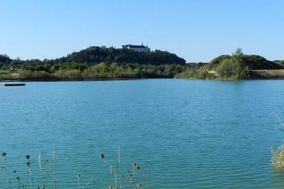 668 m² Grundstück mit direktem Seezugang in reizvoller Landschaft!